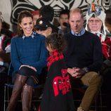 Los Duques de Cambridge, agasajados con unas danzas tradicionales en Canadá