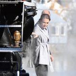Kate Middleton junto a un tren antiguo en Carcross durante su viaje oficial a Canadá