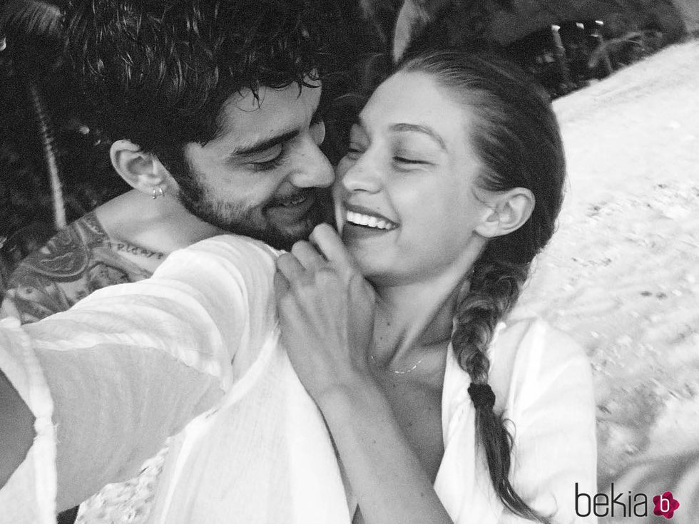 Gigi Hadid y Zayn Malik muestran su amor en Instagram