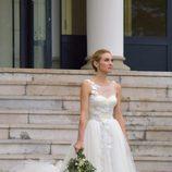 Marta Hazas llegando a su boda con Javier Veiga en Santander