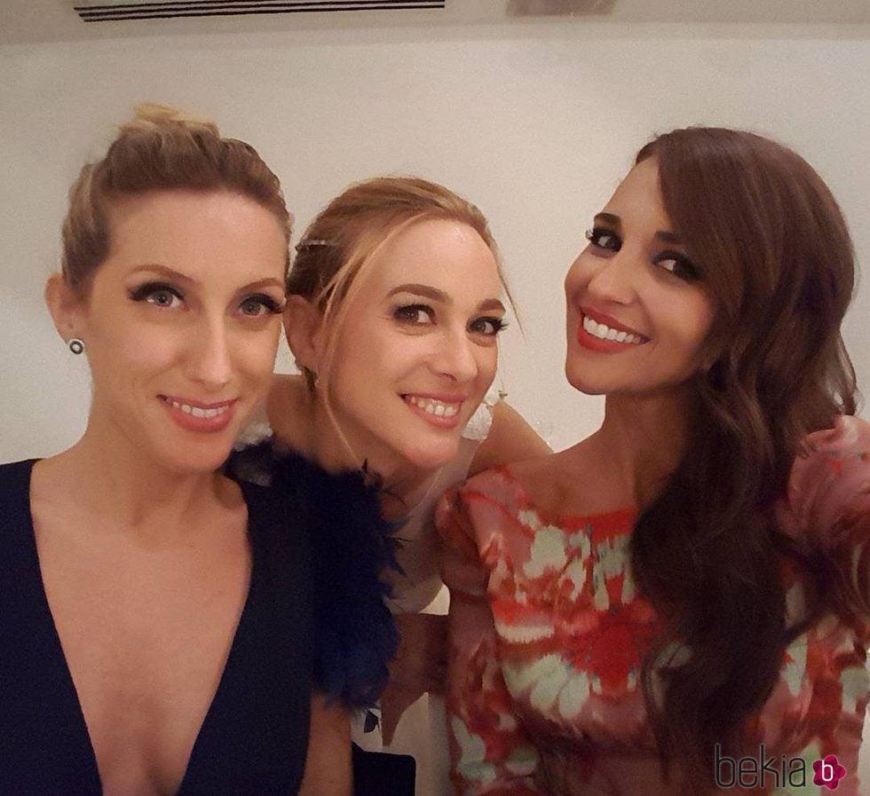 Marta Hazas con Paula Echevarría y Cecilia Freire el día de su boda