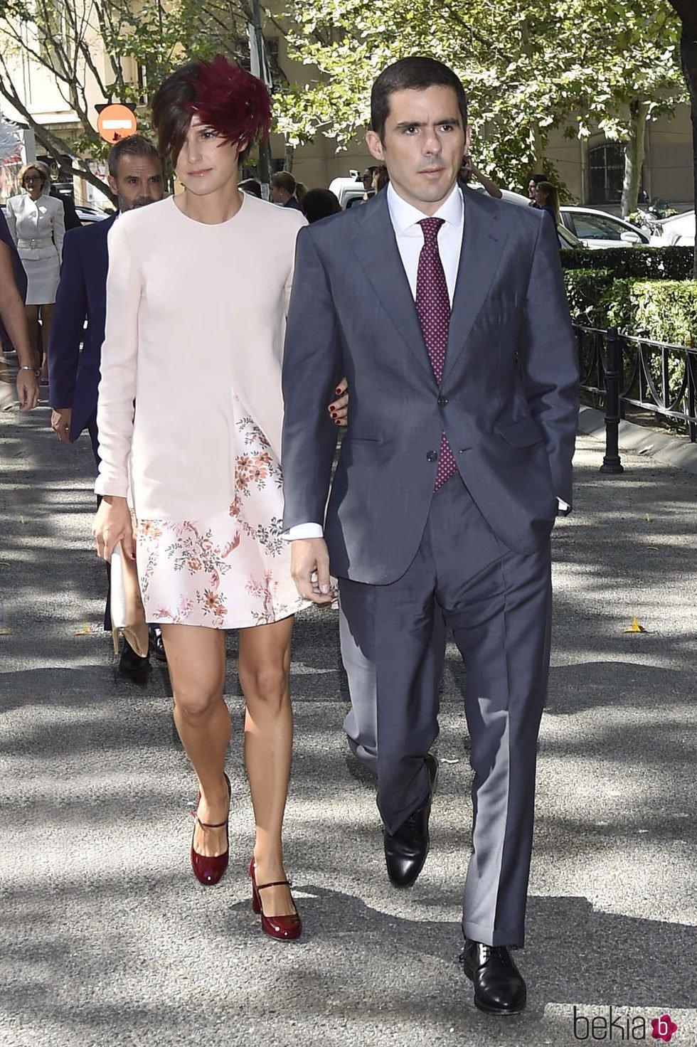 José María Aznar Botella y Mónica Abascal en la boda de Luis Martínez de Irujo y Adriana Martín