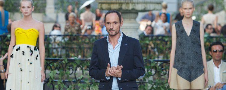 El diseñador Josep Font en la pasarela madrileña de 2013