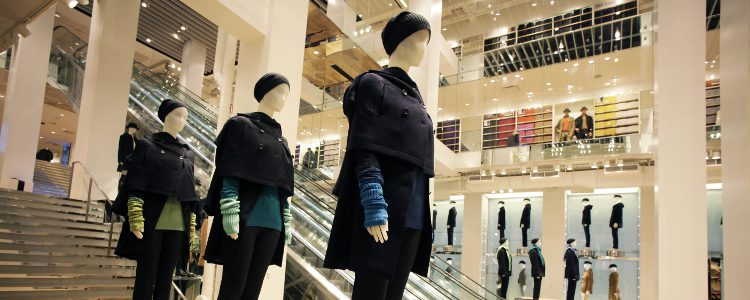 Looks invernales del gigante de moda Uniqlo