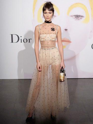 Bella Hadid es la nueva imagen de la línea cosmética de Dior