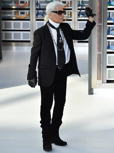 Karl Lagerfeld en uno de sus desfiles para Chanel