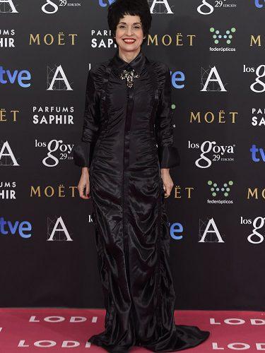 La actriz Adriana Ozores con un vestido de Devota&Lomba en los Premios Goya 2015