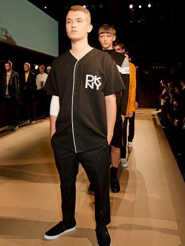 Rafferty Law debutó en 2014 junto con DKNY