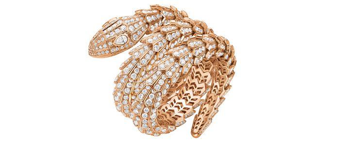 Anillo Serpenti Tubogas de 18qt en oro rosa y diamantes
