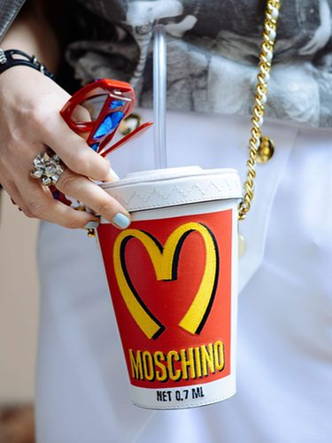 McDonald's inspira la colección de Moschino