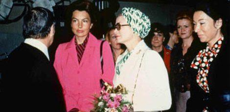La princesa Grace Kelly en la inauguración del laboratorio de Biotherm