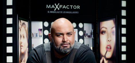 Maquillador profesional de Max Factor