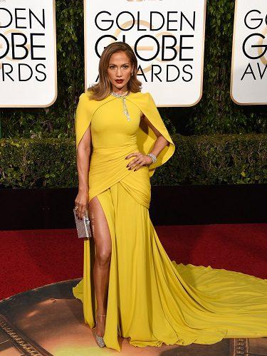 Jennifer López repitió con el diseñador para los Golden Globes de 2016