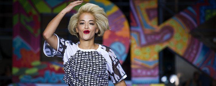 Rita Ora fue musa de DKNY en el año 2014 en su línea textil y de cosmética