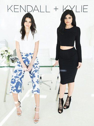 Kendall y Kylie Jenner como imagen corporativa de su firma homónima